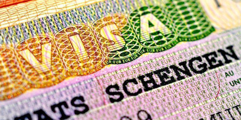Картинки по запросу оформить визу в москве